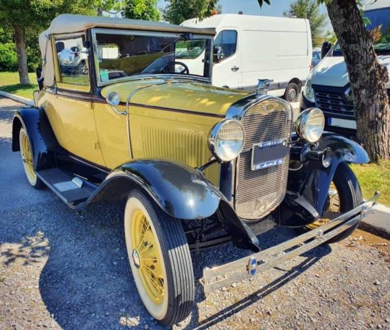 Ford A Cabriolet de 1930 3/4 avant droit