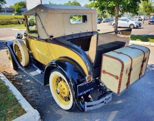 Ford A Cabriolet de 1930 3/4 arrière gauche