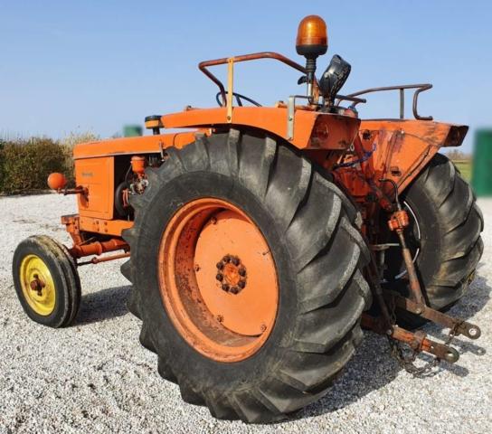 Tracteur Renault Super 5 R7054 3/4 arrière gauche